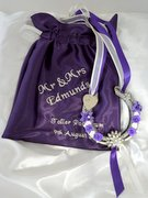 purple_and_pearl_wedding_horseshoe_thumb
